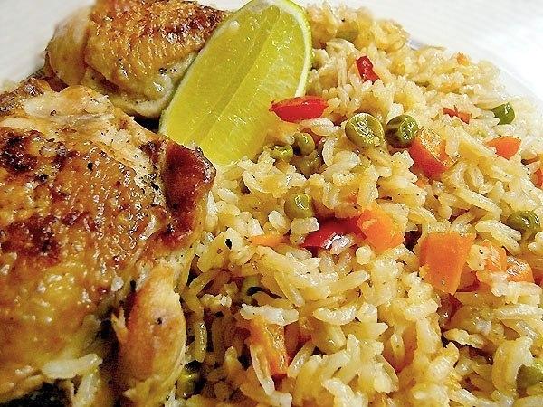 Рис с курицей – Arroz con pollo